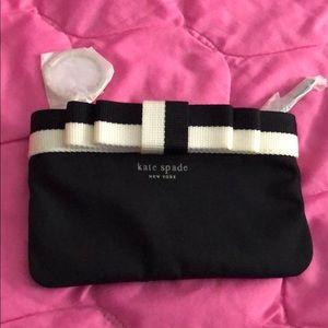 NWOT Kate Spade barrow street coin purse